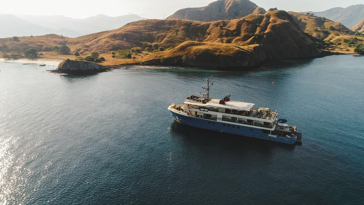 Kudanil Explorer Robb Report's favorite luxury yacht Flores Komodo Beach